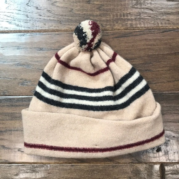 81efbfa8b48b2 Burberry Accessories - 100% lambs wool Burberry winter hat